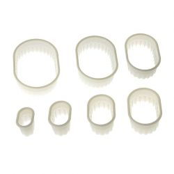 "Set 7 Cookie Cutters ""Oblong Fluted"""
