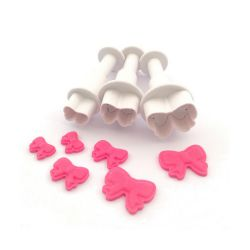 "Set 3 Plunger Cutters ""Ribbon"""
